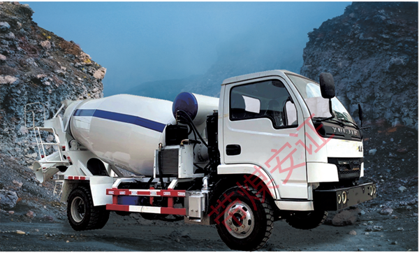 JC3.0防爆柴油机混凝土搅拌运输车