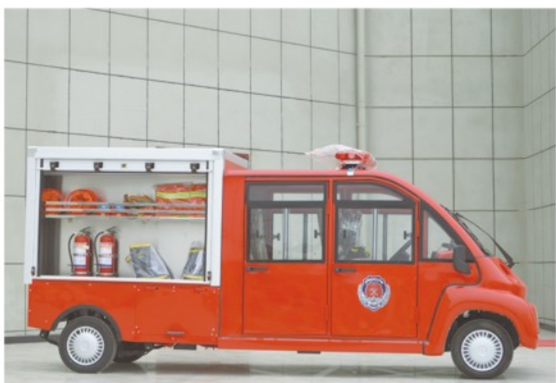 4-5座电动消防车